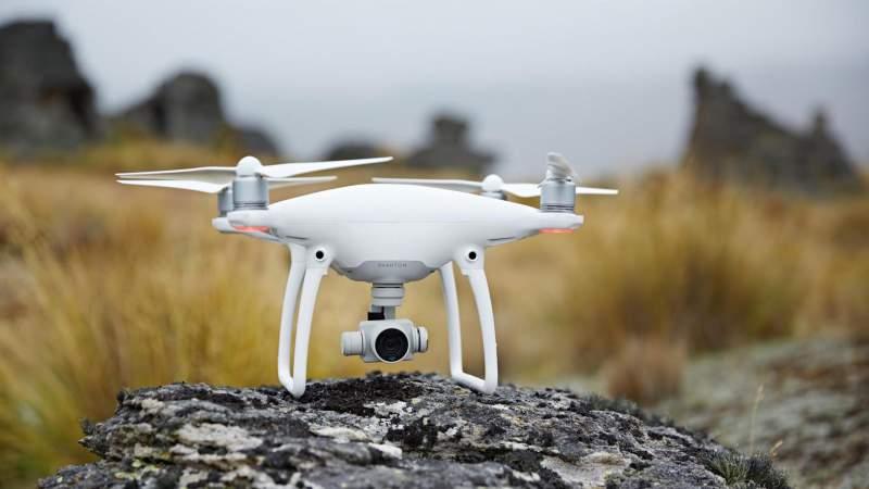 แนะนำ 10 Drone ราคาถูก ยี่ห้อไหนดี น่าโดนปี