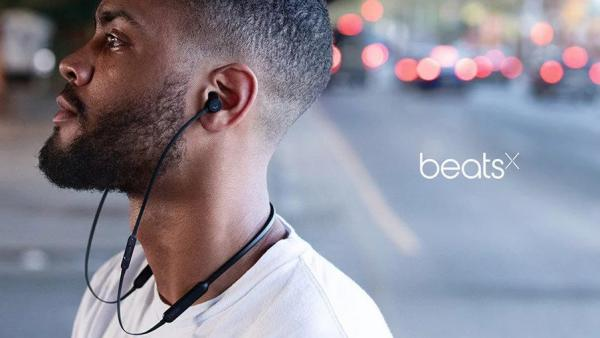 Beats หูฟังอินเอียร์แบบไร้สายรุ่น BeatsX