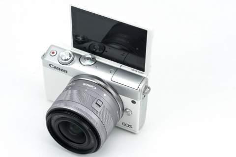 Canon MIRRORLESS รุ่น EOS M100 EFM15-45 IS STM