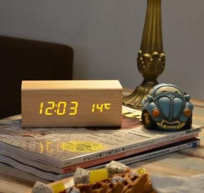 Hakone Digital Wood Clock