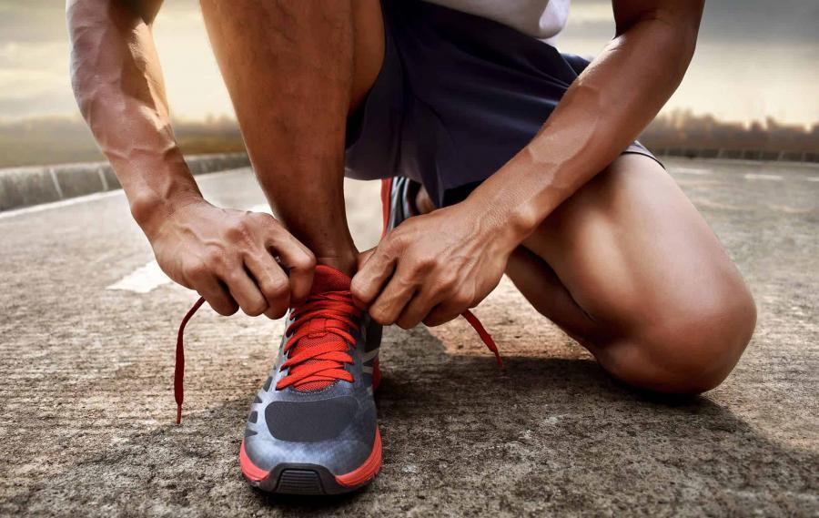 10 รองเท้าวิ่งผู้ชาย ยี่ห้อไหนดีที่สุด