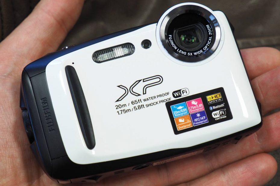 กล้องคอมแพคขนาดเล็กบนฝ่ามือ