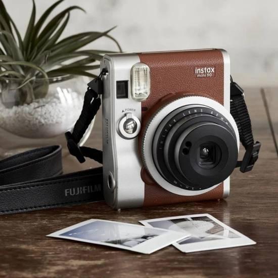 FujiFilm Instant Camera Instax Mini 90 NEO CLASSIC