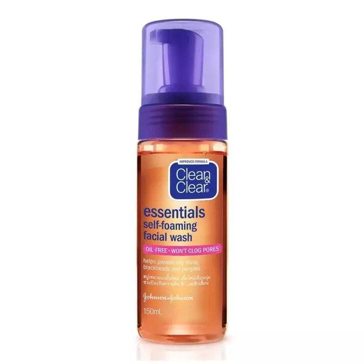 Clean & Clear Essentials Self Foaming Facial Wash