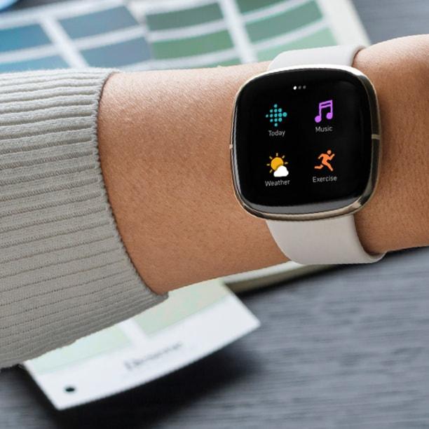 Fitbit Sense: คุณสมบัติแบบสมาร์ทวอทช์