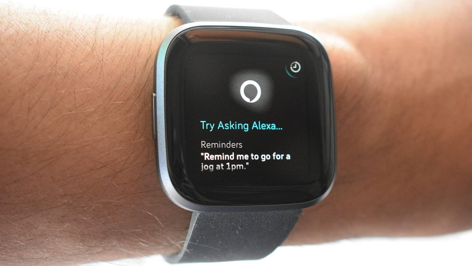 รีวิว Fitbit Versa 2: Alexa