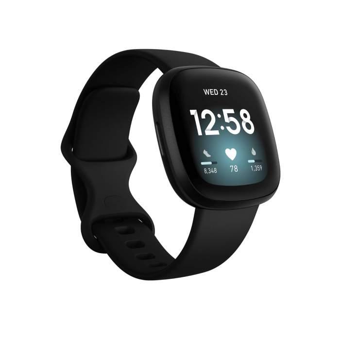 Fitbit Versa 3 table