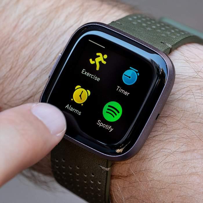 รีวิว Fitbit Versa 2: แอป